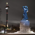 Näsinpuisto Kuru Memorial Statue Tampere Lighting design by WhiteNight Lighting